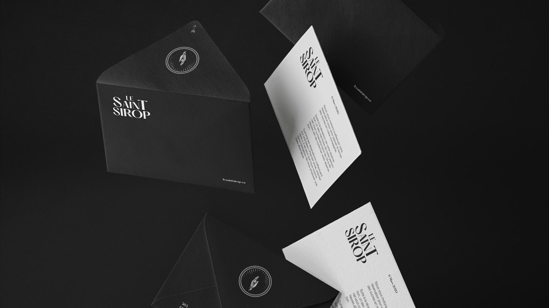 Détails du design graphique d'une papeterie d'affaire - Page Projets - Le Saint Sirop